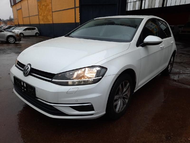 Volkswagen GOLF VII 1.0 TSI 110CH BLUEMOTION TECHNOLOGY CONFORTLINE 5P Essence BLANC Occasion à vendre