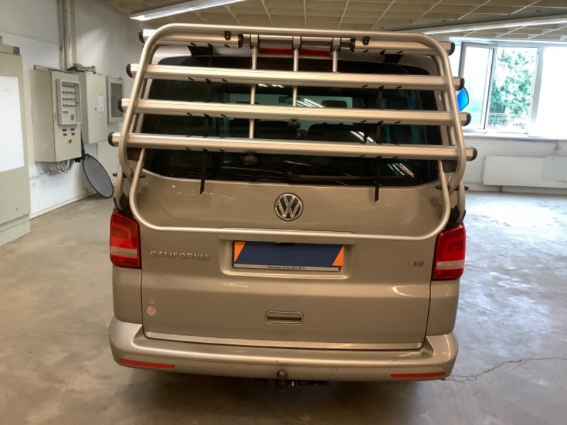 Photo 4 de l'offre de VOLKSWAGEN CALIFORNIA 2.0 TDI 180CH CONFORTLINE à 44990€ chez Sevestre Automobiles