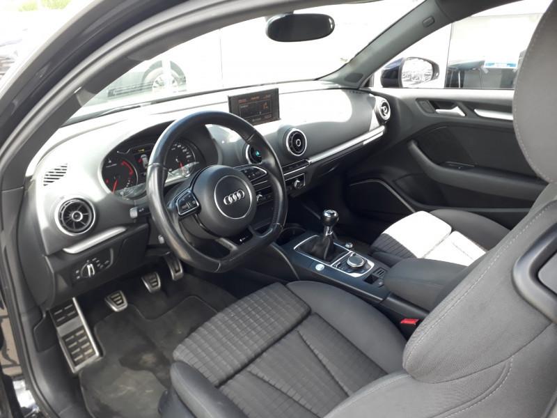 Photo 5 de l'offre de AUDI A3 2.0 TDI 150CH FAP AMBIENTE à 10990€ chez Sevestre Automobiles