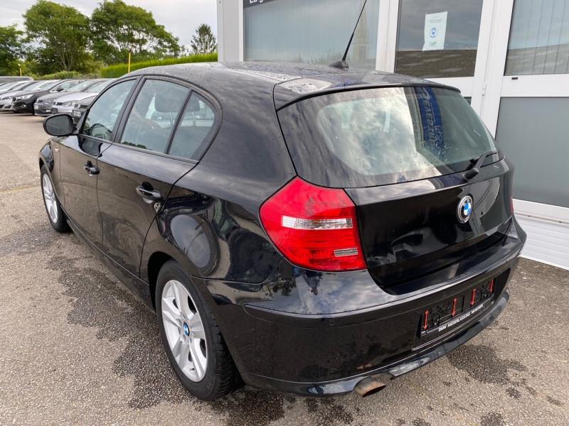 Photo 4 de l'offre de BMW SERIE 1 (E81/E87) 118I 143CH EDITION 5P à 11990€ chez Sevestre Automobiles