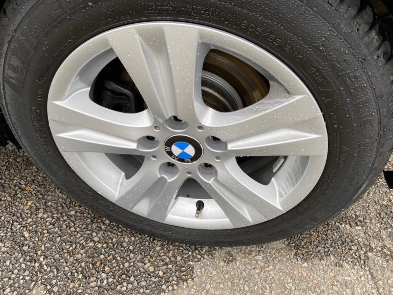 Photo 11 de l'offre de BMW SERIE 1 (E81/E87) 118I 143CH EDITION 5P à 11990€ chez Sevestre Automobiles