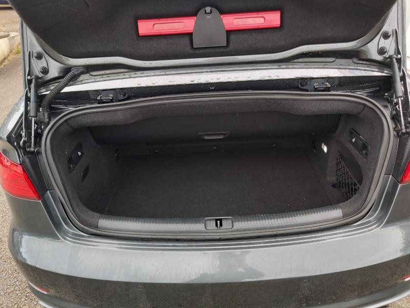 Photo 10 de l'offre de AUDI S3 CABRIOLET 2.0 TFSI 300CH QUATTRO S TRONIC 6 à 32990€ chez Sevestre Automobiles
