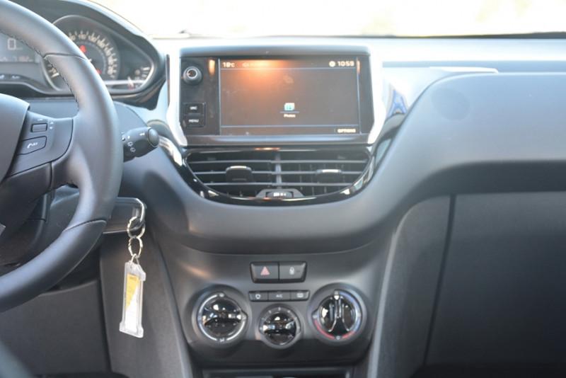 Photo 7 de l'offre de PEUGEOT 208 1.2 PURETECH 68CH ACTIVE 5P à 9190€ chez Sevestre Automobiles