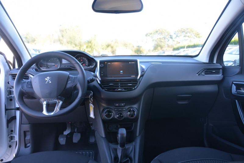 Photo 6 de l'offre de PEUGEOT 208 1.2 PURETECH 68CH ACTIVE 5P à 9190€ chez Sevestre Automobiles