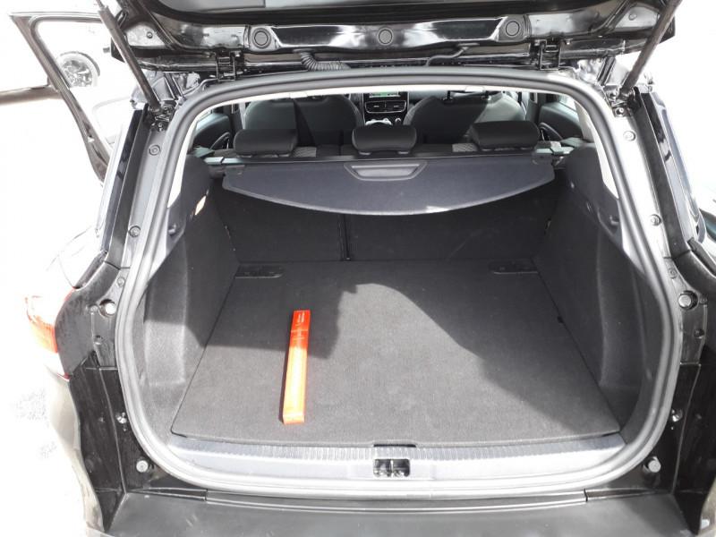 Photo 9 de l'offre de RENAULT CLIO IV ESTATE 1.5 DCI 90CH ENERGY ZEN 82G à 10290€ chez Sevestre Automobiles
