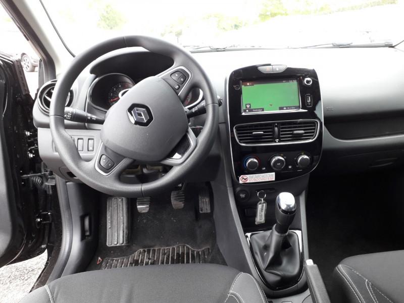 Photo 7 de l'offre de RENAULT CLIO IV ESTATE 1.5 DCI 90CH ENERGY ZEN 82G à 10290€ chez Sevestre Automobiles