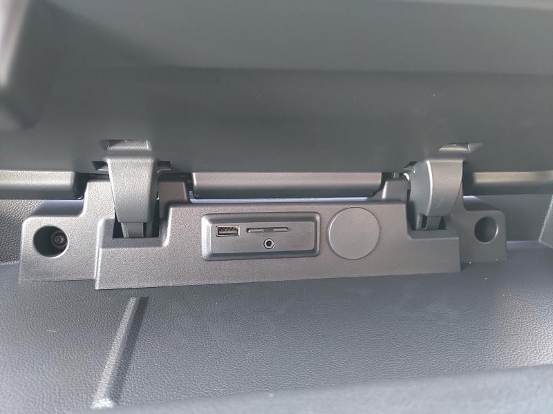 Photo 8 de l'offre de RENAULT MASTER III FG F3500 L3H2 2.3 DCI 150CH ENERGY GRAND CONFORT E6 à 27576€ chez NG AUTO