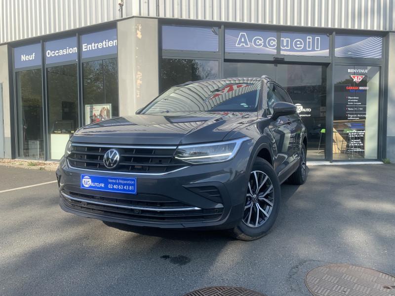 Volkswagen TIGUAN 1.5 TSI 150ch DSG7 Life Essence sans plomb GRIS DAUPHIN Occasion à vendre