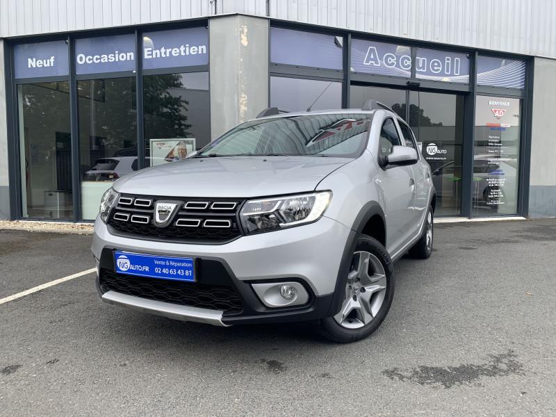 Dacia SANDERO TCe 90 Stepway Essence sans plomb GRIS CLAIR Occasion à vendre