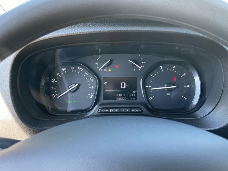 Photo 24 de l'offre de OPEL VIVARO COMBI L3 1.5 Diesel 120 ch à 30980€ chez NG AUTO