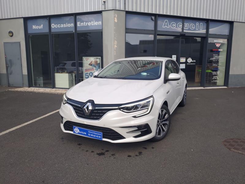 Renault MEGANE IV BERLINE Blue dCi 115 EDC Intens Diesel BLANC NACRE Occasion à vendre