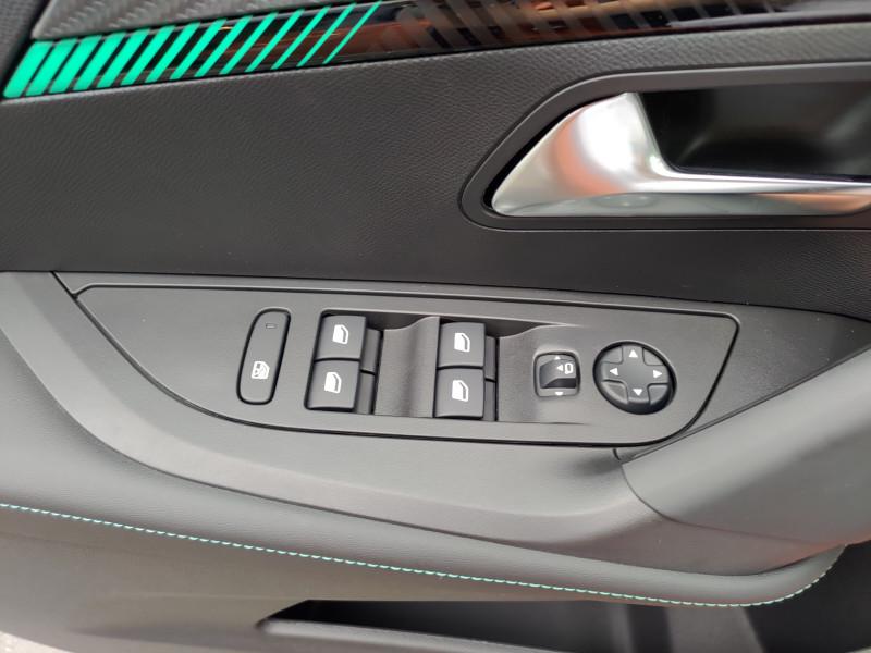 Photo 9 de l'offre de PEUGEOT 2008 PureTech 130 S&S BVM6 Allure à 24480€ chez NG AUTO