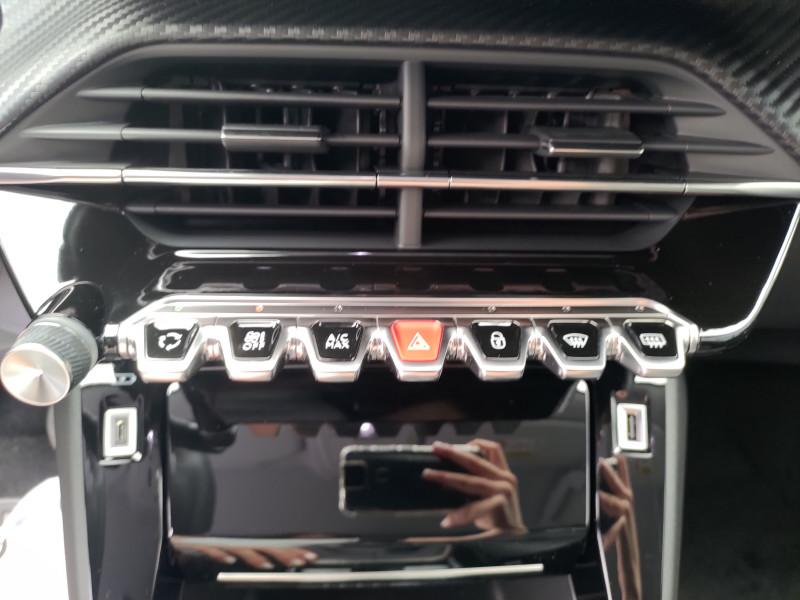 Photo 21 de l'offre de PEUGEOT 2008 PureTech 130 S&S BVM6 Allure à 24480€ chez NG AUTO