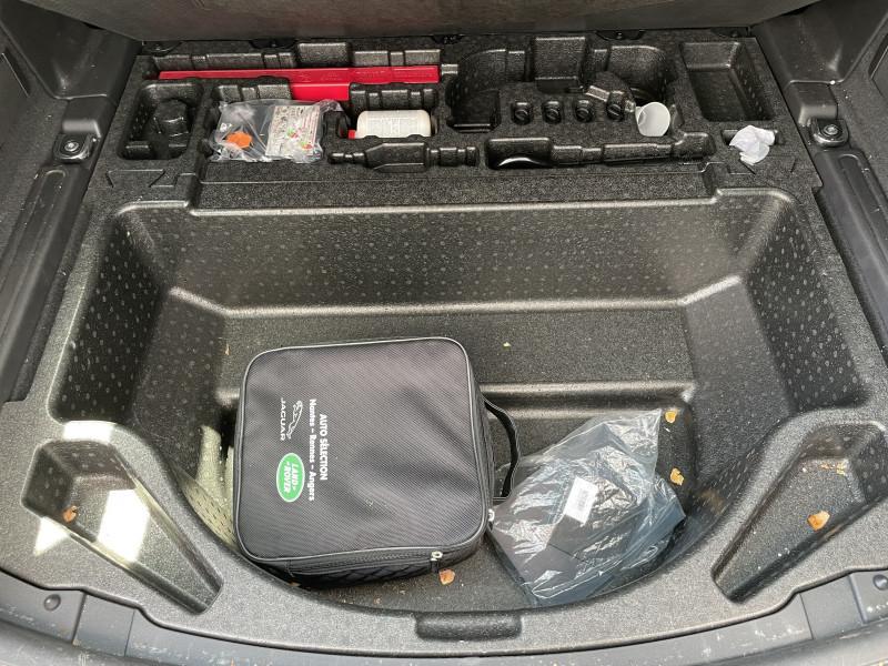 Photo 31 de l'offre de LAND-ROVER DISCOVERY SPORT Mark V D150 MHEV AWD BVA S à 39890€ chez NG AUTO