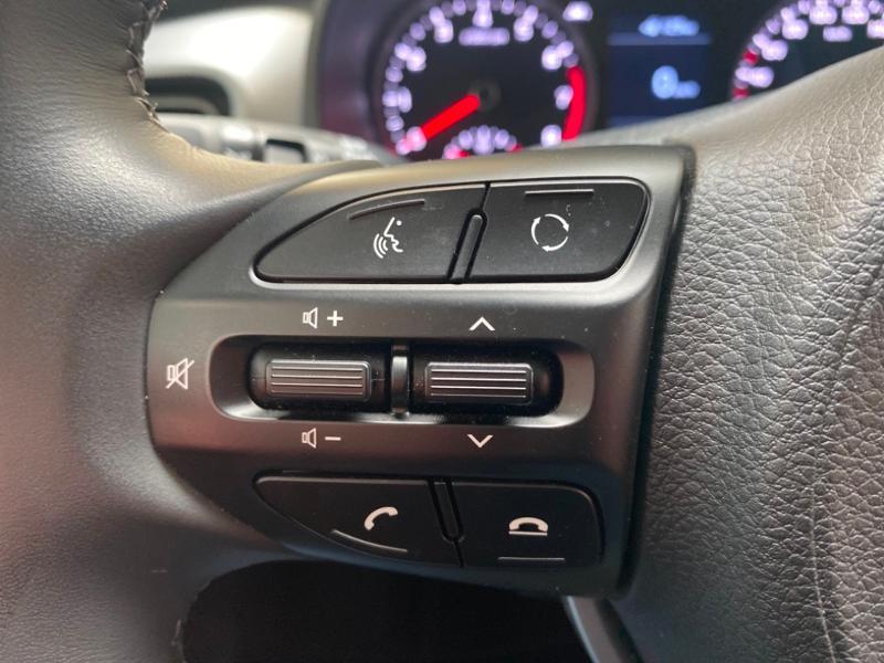 Photo 14 de l'offre de KIA Stonic 1.0 T-GDi 120ch ISG Premium Euro6d-T à 17490€ chez Littoral Vendée Automobiles Challans