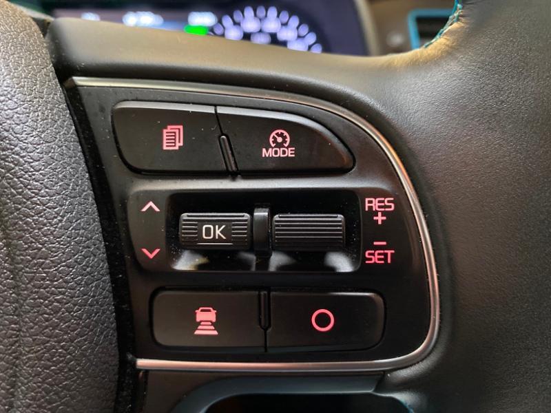 Photo 15 de l'offre de KIA Niro 1.6 GDi 105ch ISG + Plug-In 60.5ch Premium DCT6 Euro6d-T à 26490€ chez Littoral Vendée Automobiles Challans