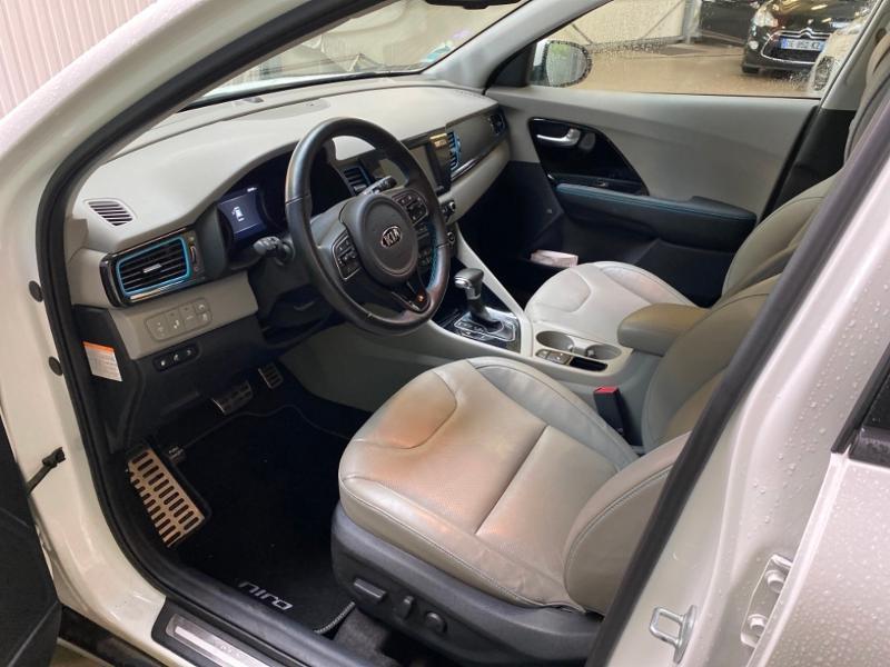 Photo 4 de l'offre de KIA Niro 1.6 GDi 105ch ISG + Plug-In 60.5ch Premium DCT6 Euro6d-T à 26490€ chez Littoral Vendée Automobiles Challans
