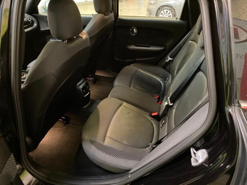 Photo 5 de l'offre de MINI Clubman Cooper 136ch Hyde Park BVA à 23490€ chez Littoral Vendée Automobiles Challans