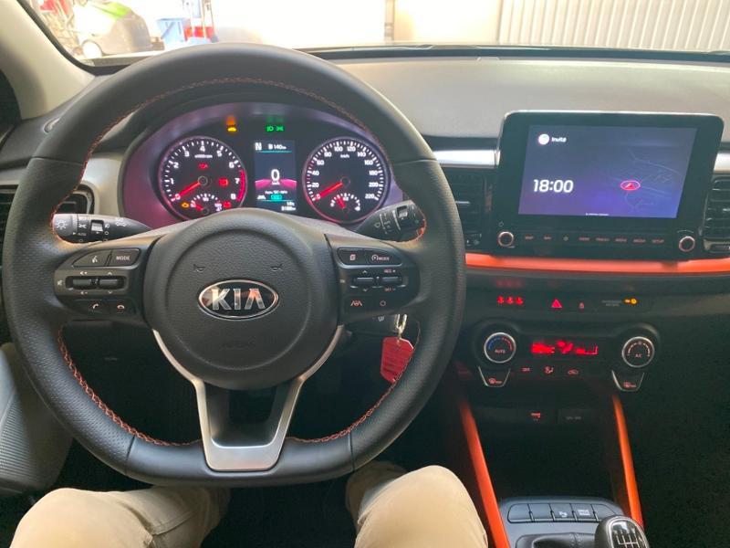 Photo 8 de l'offre de KIA Stonic 1.0 T-GDi 100ch MHEV ISG Lauch Edition à 21290€ chez Littoral Vendée Automobiles Challans
