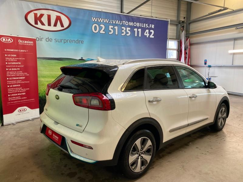 Photo 2 de l'offre de KIA Niro 1.6 GDi 105ch ISG + Plug-In 60.5ch Premium DCT6 Euro6d-T à 26490€ chez Littoral Vendée Automobiles Challans