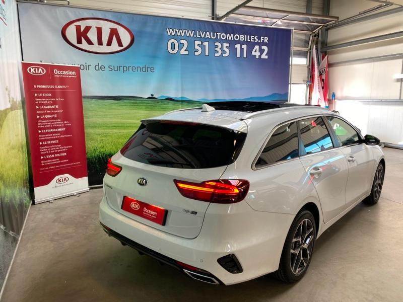 Photo 2 de l'offre de KIA Ceed SW 1.5 T-GDI 160ch GT Line DCT7 à 26990€ chez Littoral Vendée Automobiles Challans