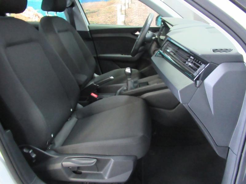Photo 2 de l'offre de AUDI A1 Sportback 25 TFSI 95ch S line à 21990€ chez Littoral Vendée Automobiles Challans