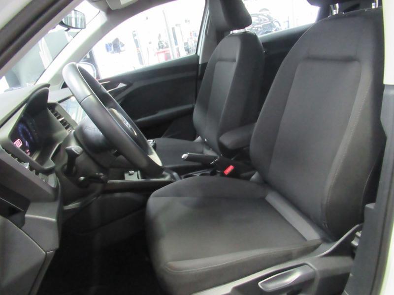 Photo 12 de l'offre de AUDI A1 Sportback 25 TFSI 95ch S line à 21990€ chez Littoral Vendée Automobiles Challans