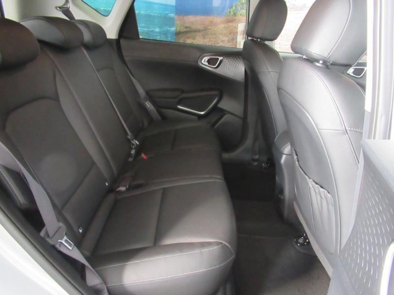 Photo 4 de l'offre de KIA e-Soul e-Premium 204ch à 31990€ chez Littoral Vendée Automobiles Challans