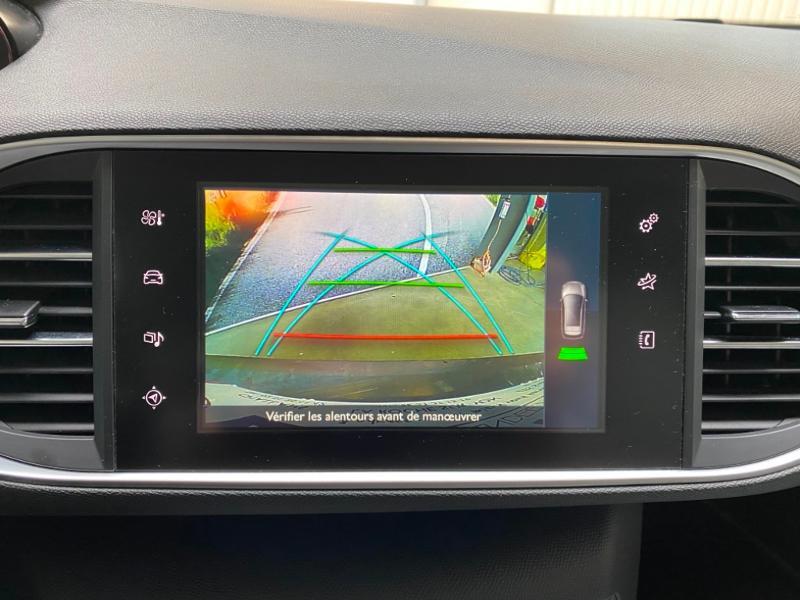 Photo 9 de l'offre de PEUGEOT 308 SW 1.6 BlueHDi 120ch Allure S&S EAT6 à 15490€ chez Littoral Vendée Automobiles Challans