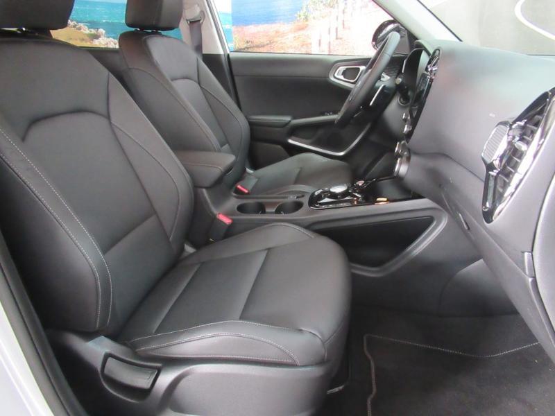 Photo 3 de l'offre de KIA e-Soul e-Premium 204ch à 31990€ chez Littoral Vendée Automobiles Challans