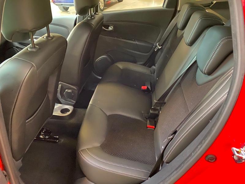 Photo 4 de l'offre de RENAULT Clio Estate 1.5 dCi 90ch energy Business 82g à 9990€ chez Littoral Vendée Automobiles Challans
