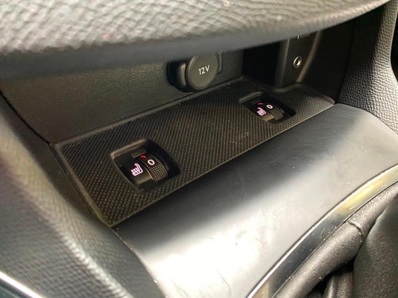 Photo 16 de l'offre de PEUGEOT 308 SW 1.6 BlueHDi 120ch Allure S&S EAT6 à 15490€ chez Littoral Vendée Automobiles Challans