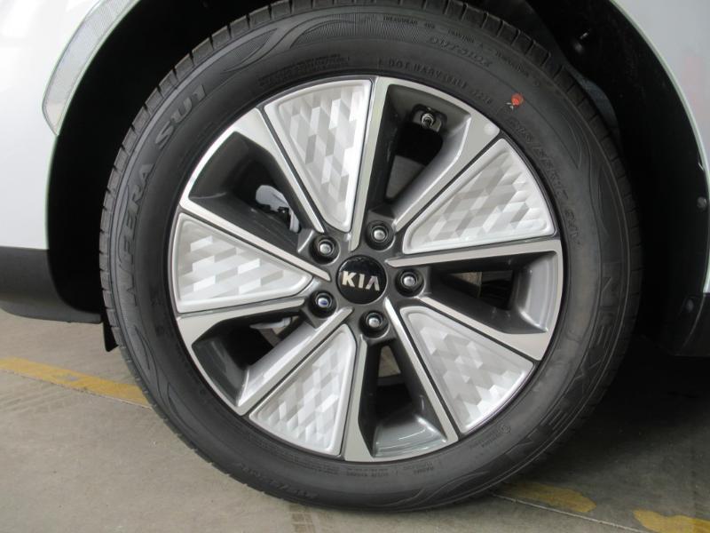 Photo 10 de l'offre de KIA e-Soul e-Premium 204ch à 31990€ chez Littoral Vendée Automobiles Challans