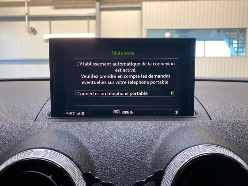 Photo 9 de l'offre de AUDI A3 Sportback 1.4 TFSI 204ch e-tron Design luxe S tronic 6 à 24990€ chez Littoral Vendée Automobiles Challans