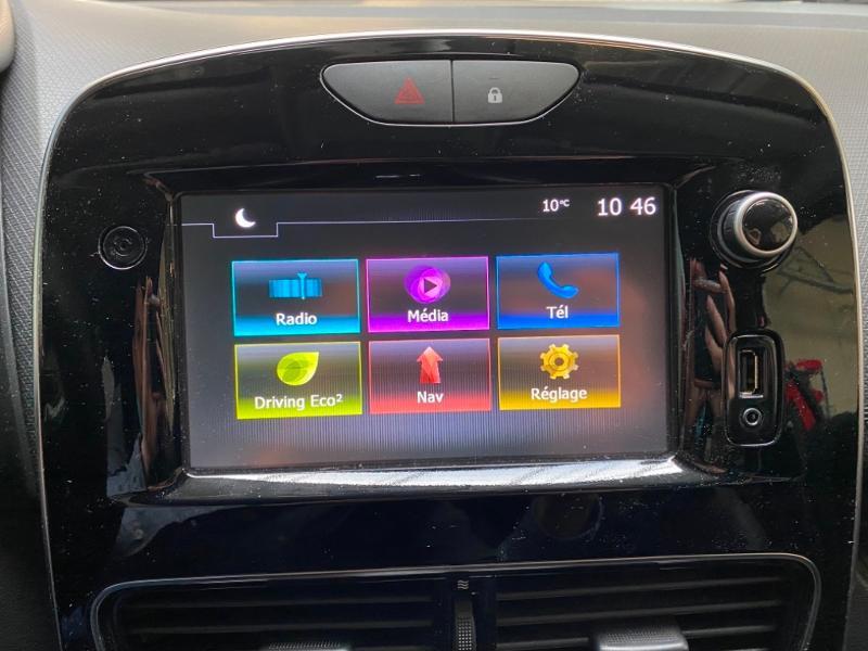 Photo 18 de l'offre de RENAULT Clio Estate 1.5 dCi 90ch energy Business 82g à 9990€ chez Littoral Vendée Automobiles Challans