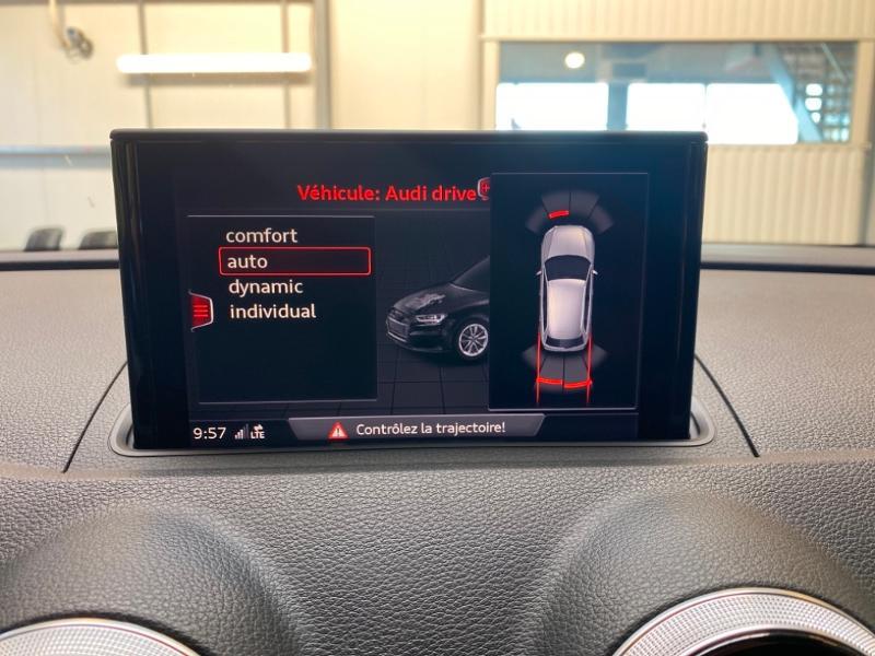 Photo 10 de l'offre de AUDI A3 Sportback 1.4 TFSI 204ch e-tron Design luxe S tronic 6 à 24990€ chez Littoral Vendée Automobiles Challans
