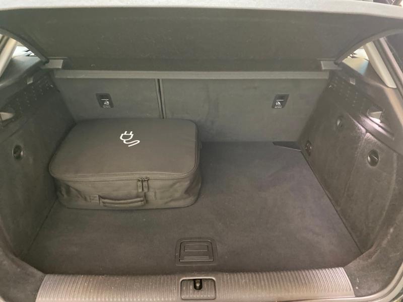 Photo 6 de l'offre de AUDI A3 Sportback 1.4 TFSI 204ch e-tron Design luxe S tronic 6 à 24990€ chez Littoral Vendée Automobiles Challans
