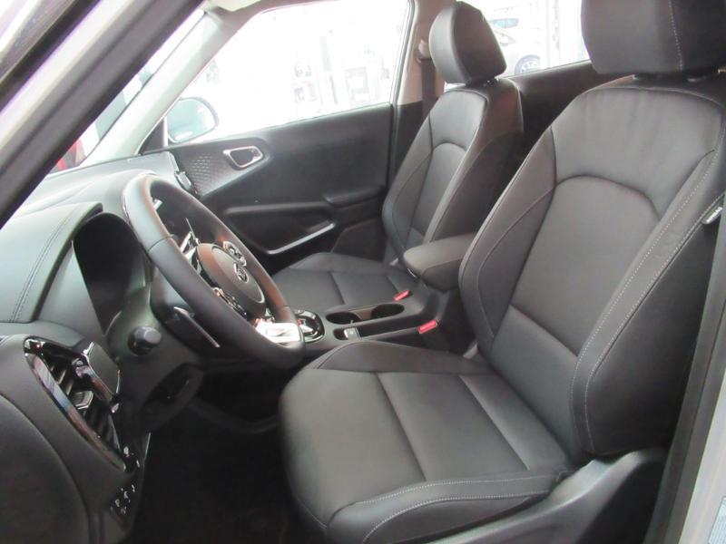 Photo 13 de l'offre de KIA e-Soul e-Premium 204ch à 31990€ chez Littoral Vendée Automobiles Challans