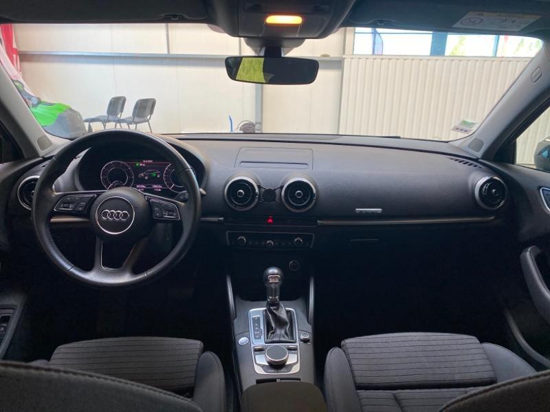 Photo 4 de l'offre de AUDI A3 Sportback 1.4 TFSI 204ch e-tron Design luxe S tronic 6 à 24990€ chez Littoral Vendée Automobiles Challans
