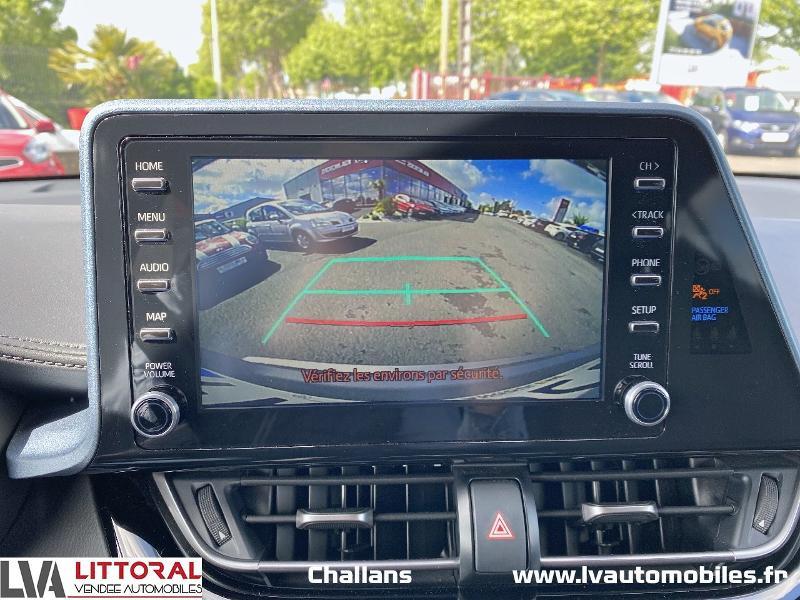 Photo 9 de l'offre de TOYOTA C-HR 122h Edition 2WD E-CVT MC19 à 24990€ chez Littoral Vendée Automobiles Challans