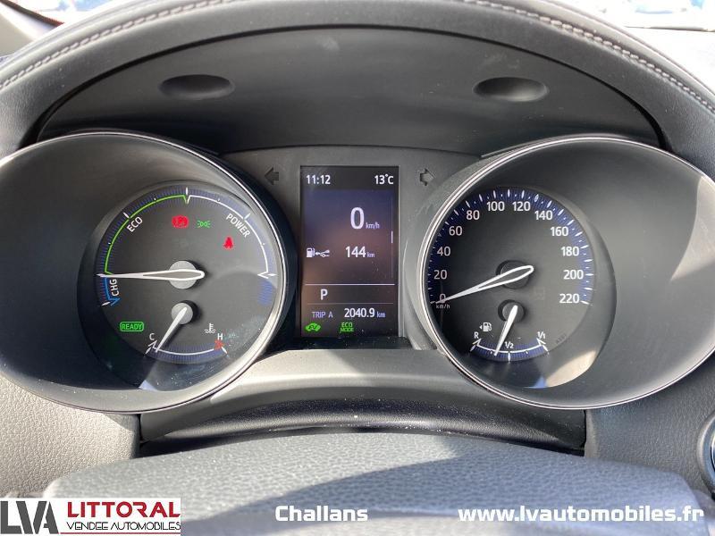 Photo 17 de l'offre de TOYOTA C-HR 122h Edition 2WD E-CVT MC19 à 24990€ chez Littoral Vendée Automobiles Challans
