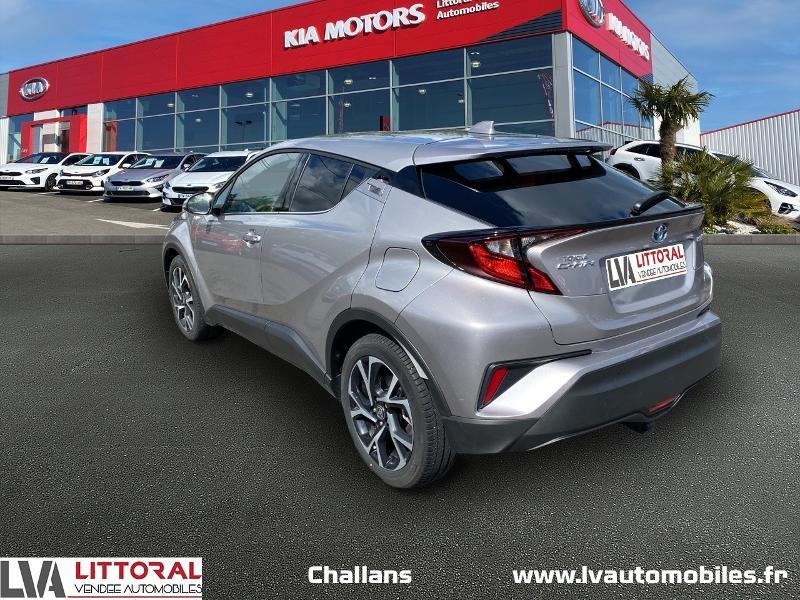 Photo 3 de l'offre de TOYOTA C-HR 122h Edition 2WD E-CVT MC19 à 24990€ chez Littoral Vendée Automobiles Challans
