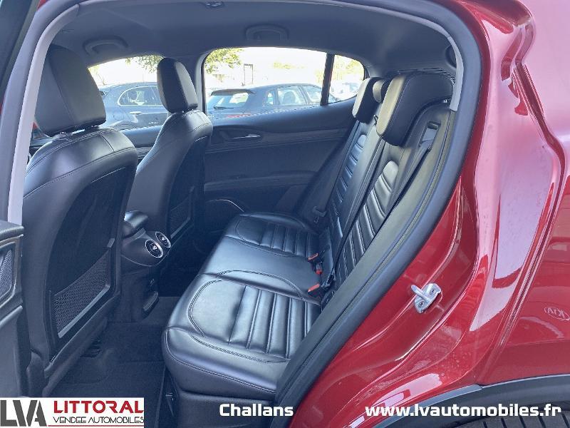 Photo 12 de l'offre de ALFA ROMEO Stelvio 2.2 Diesel 210ch Lusso Q4 AT8 à 31990€ chez Littoral Vendée Automobiles Challans