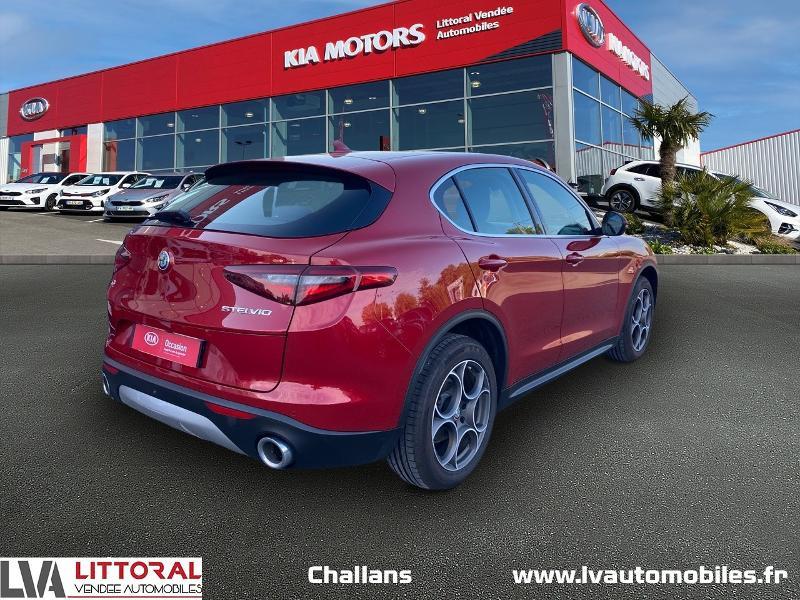Photo 2 de l'offre de ALFA ROMEO Stelvio 2.2 Diesel 210ch Lusso Q4 AT8 à 31990€ chez Littoral Vendée Automobiles Challans