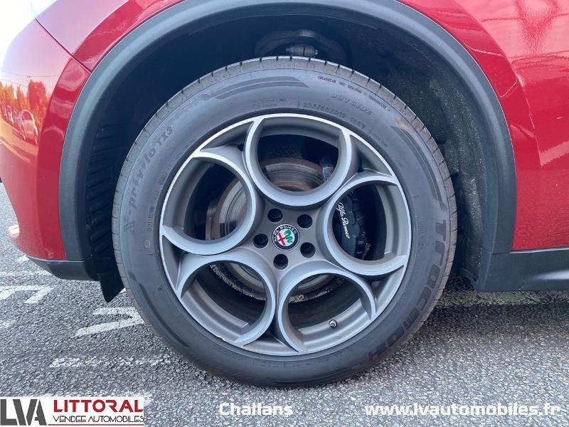 Photo 14 de l'offre de ALFA ROMEO Stelvio 2.2 Diesel 210ch Lusso Q4 AT8 à 31990€ chez Littoral Vendée Automobiles Challans