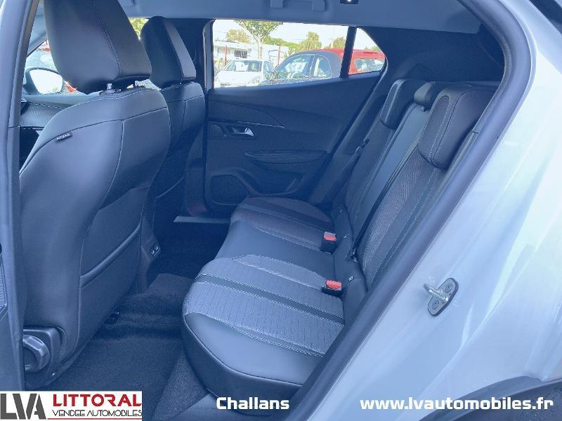 Photo 12 de l'offre de PEUGEOT 2008 1.5 BlueHDi 130ch S&S Allure Pack EAT8 à 28990€ chez Littoral Vendée Automobiles Challans