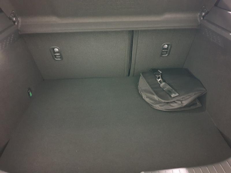 Photo 9 de l'offre de MAZDA MX-30 145ch First Edition Modern Confidence à 26990€ chez Littoral Vendée Automobiles Mouilleron Le Captif