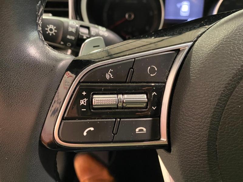 Photo 6 de l'offre de KIA Ceed 1.6 CRDI 115ch Active DCT7 à 17490€ chez Littoral Vendée Automobiles Mouilleron Le Captif