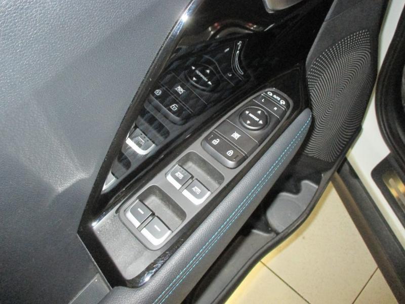 Photo 6 de l'offre de KIA e-Niro e-Design 204ch à 29990€ chez Littoral Vendée Automobiles Mouilleron Le Captif