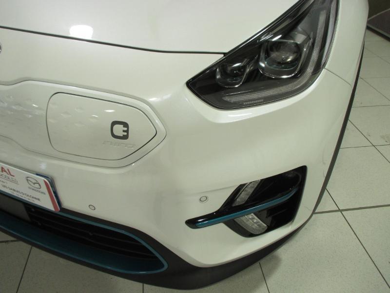Photo 3 de l'offre de KIA e-Niro e-Design 204ch à 29990€ chez Littoral Vendée Automobiles Mouilleron Le Captif